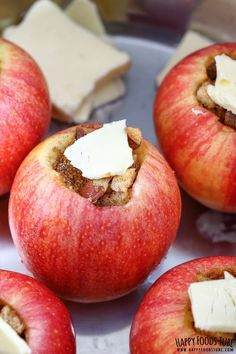 Instant Pot Baked Apples - a favorite fall treat that I rarely get in Florida because it's too hot to turn on the oven until January. Instant Pot Baked Apples are a must-try Fall dessert that only take 3 minutes until cooked to perfection! Instant Pot Pressure Cooker, Pressure Cooker Recipes, Pressure Cooking, Pressure Pot, Apple Recipes, Baking Recipes, Healthy Recipes, Pilsbury Recipes, Crowd Recipes