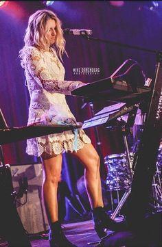 Rydel at #R5HollywoodHang I seriously want that dress just saying haha
