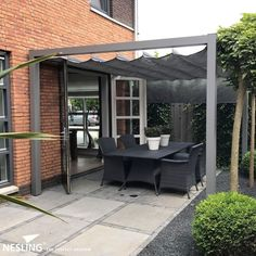 Pergola gray aluminum with harmonica shade anthracite # aluminum ., Pergola gray aluminum with harmonica screen cloth anthracite # aluminum There are lots of things which could eventually complete your current backyard, such as an oldtime whitened. Aluminum Pergola, Wooden Pergola, Pergola Patio, Pergola Plans, Pergola Kits, Backyard, Pergola Ideas, Retractable Pergola, Small Pergola