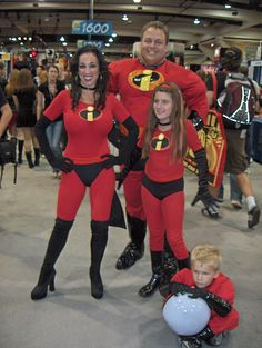 Incredibles at Comic-Con by cranberries, via Flickr