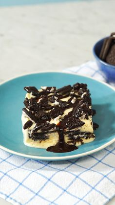 No-Bake Oreo Dessert - New ideas Sweet Recipes, Cake Recipes, Dessert Recipes, Good Food, Yummy Food, Tasty, Tastemade Dessert, Köstliche Desserts, Cookies Et Biscuits