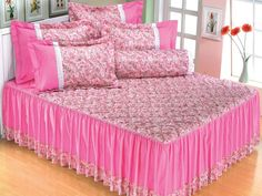 Linen Bedroom, Bedroom Decor, Diy Pillows, Cushions, Two Piece Outfits Pants, Bed Covers, Bed Spreads, Decoration, Bed Sheets
