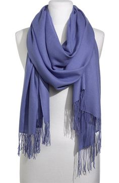 Almost identical to scarf worn when Kate left the hospital Dec 6, 2012