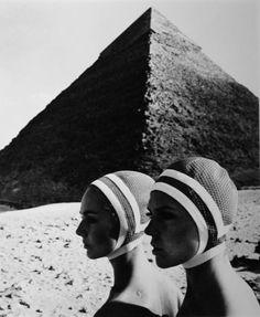 FC Gundlach 60s fashion photo Pyramids Egypt Karin Mossberg Micky Zenati