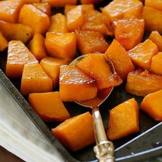 Caramelized Butternut Squash makes the tastiest side dish! It's one of the best ways to cook butternut squash and it's super easy to make! With a little sweet and a little spice, this butternut squash (Squash Recipes Side Dishes) Vegetable Recipes, Healthy Dinner Recipes, Healthy Snacks, Healthy Eating, Cooking Recipes, Healthy Sides, Healthy Breakfasts, Healthy Dinners, Vegetable Dishes
