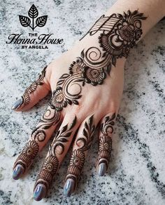Mehndi Designs Finger, Pretty Henna Designs, Indian Henna Designs, Simple Arabic Mehndi Designs, Modern Mehndi Designs, Mehndi Designs For Girls, Henna Designs Easy, Mehndi Designs For Fingers, Beautiful Mehndi Design