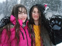 """My two favorite people in the world on the first day it snowed"" -Bam Bam More→ http://dsc.tv/OlxZn"
