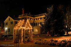 The quaint lanes of Strawbery Banke Museum are aglow with hundreds of luminaria, the historic homes are festively decorated, and the alluring scents and sounds of the holiday season fill the air. Bring the whole family to experience American mid-winter traditions past and present.