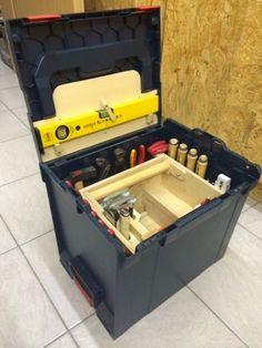 Auf dieser Seite geht es rund um die L-Boxx!  Hier stelle ich euch selbstgebaute Werkzeugeinsätze und Halterungen für die Bosch/SortimoL-Bo...