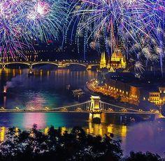 Doček 2016. - Budimpešta / bez noćenja samo 2799 din. polazak iz ZR - info : 023-533-383 - broj putnika ograničen