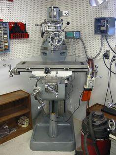 Metal Workshop, Garage Workshop, Milling Machine, Machine Tools, Bridgeport Mill, Maker Shop, Tool Shop, Shop Organization, Garage Shop