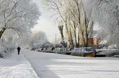 Boats On The Frozen Burton Canal Winter Magic, Winter Snow, Winter Time, Winter Holidays, Snow Scenes, Winter Scenes, Snowy Pictures, Christmas Pictures, Canal Boat