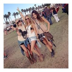 The PERFECT Stagecoach outfits!  http://www.laurenly.com