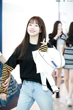 Yuri, Japanese Names, Japanese Girl Group, Airport Style, Airport Fashion, 3 In One, Kpop Girls, Girl Fashion, Korea