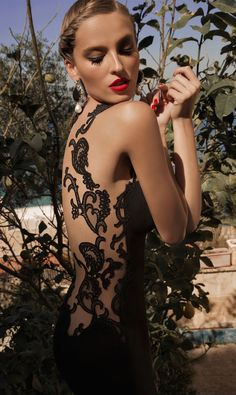 LOOKandLOVEwithLOLO: MoonStruck.....A Stunning Collection by Galia Lahav Haute Couture