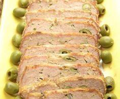 Indicato per una cena in famiglia o per un buffet, il polpettone di tonno e patate è anche semplice da preparare, per un piatto equilibrato e genuino.