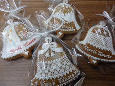 Perníkové PF 2018 a dekorativní perníčky vánoční | Služby pro všechny s.r.o. Alena Pštrosová Gingerbread, Burlap, Reusable Tote Bags, Holiday Desserts, Crack Crackers, Hessian Fabric, Ginger Beard, Jute, Canvas