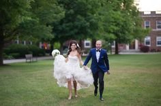 Andrew's College bride and groom running Andrew College, Aurora, Boston, Wedding Photos, Groom, Relationship, Running, Bride, Sunset