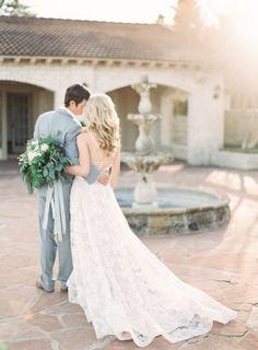 Dreamy: http://www.stylemepretty.com/little-black-book-blog/2015/03/27/neutral-la-rio-mansion-wedding-inspiration/ | Photography: Mint - http://mymintphotography.com/