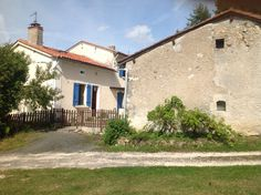 3 Bedroomed detached Property for sale Riberac €145,000 contact rebelino@aol.com French Holiday Home for sale http://www.bourse-immobilier.fr/annonces-immobilieres/achat-maison-riberac-24/5-pieces-145000-ref-54-3488