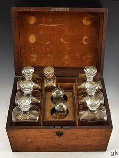 Wonderful Antique Captains Liquor Chest Portable Bar, Campaign Furniture, Whiskey Decanter, Tea Pot Set, Liqueur, Diy Camping, Vintage Perfume Bottles, Bar Accessories, Wooden Boxes