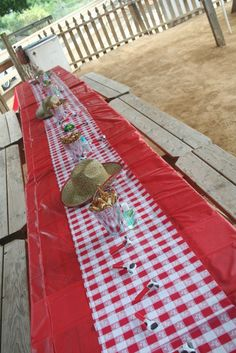 Table idea - red table cloth with gingham runner instead of red gingham tablecloth?