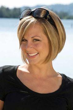 Short Straight Hair Cut for Women