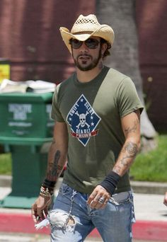 AJ McLean..oh how my teenage self loved him (and my grown up self still finds him pretty hot as well lol)