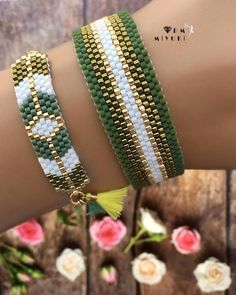off loom beading techniques Bead Loom Designs, Bead Loom Patterns, Jewelry Patterns, Bracelet Patterns, Beading Patterns, Beading Techniques, Beading Tutorials, Beading Ideas, Bead Loom Bracelets