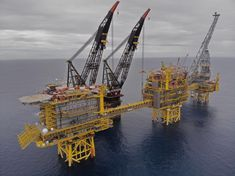 LinkedIn Oilfield Life, Drilling Rig, Oil Industry, Oil Rig, Oil And Gas, North Sea, Marina, Metal Gear, Rigs