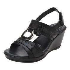 Tienda en Línea:Ahorra hasta un 10% en Sandalia con pulsera y cuña, marca Flexi.