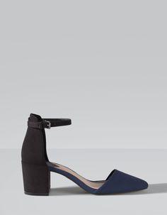 Sapatos pala e calcanhar salto largo combinados