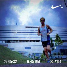 Stars! Barry is running  #barryisrunning  #run #runsg #nikeplus #nikerun #nikeplusrun  #runhappy #sgrunners #runnerscommunity #runnerinspiration #runforabettertomorrow  #correr #Corrida #instarunner #iphonerunner #iphoneonly #marathontraining #wearetherunners #worlderunners  #loverunning  #RunItFast #justrunlah #runselfie  #justrunlah #starsavenue #starsavenuerun
