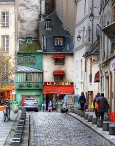 La Friterie, Paris, France ... I love strolling along these streets.