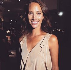 Happy B-Day Christy Turlington! http://oscarlarion.blogspot.hu/2015/07/maybe.html