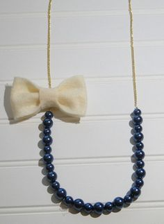 DIY Game Day Bow Necklace
