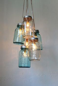 BootsNGus - loooove these lights #quirkyhome