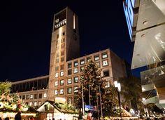 Weihnachtsmarkt in Stuttgart (Baden-Württemberg), Germany. (source: https://www.flickr.com/photos/marchands/) by CoryMarchand via Flickr