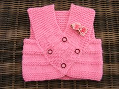 This little Pink vest is mainly in garter stitch and stocking stitch.