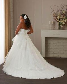 Unforgettable by Bonny Bridal : Bride by Design, Warminster #bonnybridal #weddingdress