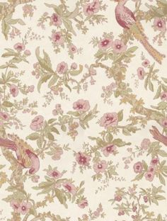 Chintz Rose (311326), a feature wallpaper from Zoffany, featured in the Woodville collection.