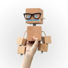 William Woodsworth robot made from reclaimed wood by OhDierLiving