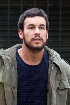 Mario Casas con barba <3