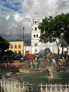 Colombia - Parque en Floridablanca, Bucaramanga, Santander.