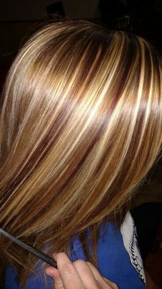 Hair color highlights and lowlights ombre haircolor 22 ideas Hair Highlights And Lowlights, Hair Color Highlights, Red Brown Highlights, Chunky Blonde Highlights, Foil Highlights, Hair Color Shades, Hair Color And Cut, Hair Colors, Medium Hair Styles