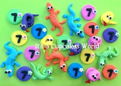 snake and lizard fondant cupcake topper