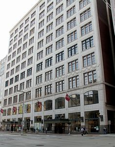 The Halle's Department Store Building on Playhouse Square, Cleveland Cleveland Rocks, Cleveland Ohio, The Buckeye State, Buckeye Nut, Playhouse Square, Shaker Heights, County Seat, Great Memories, Best Location