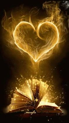 The perfect Book Heart Fantasy Animated GIF for your conversation. Discover and Share the best GIFs on Tenor. Coeur Gif, Corazones Gif, I Love Books, Belle Photo, Love Heart, Heart Art, Book Lovers, Book Worms, Book Art