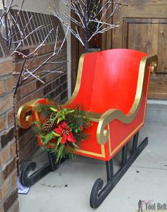 Woodworking Patterns DIY Santa Sleigh with free pattern. - Build a cheery DIY Santa's Sleigh out of plywood for your Christmas decor. Fill the sleigh with presents of use as a photo prop. Christmas Sled, Christmas Yard Art, Christmas Wood Crafts, Outdoor Christmas Decorations, Homemade Christmas, Rustic Christmas, Christmas Projects, Christmas Stuff, Christmas Christmas