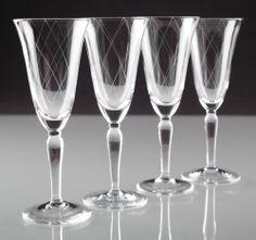 4 Vintage Sektgläser Gläser ~ 30er - 50er Jahre Linien Gravur Schliff Glas K73